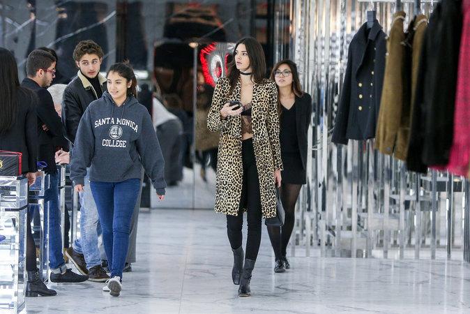 Photos : Kendall Jenner : le léopard, elle maîtrise !