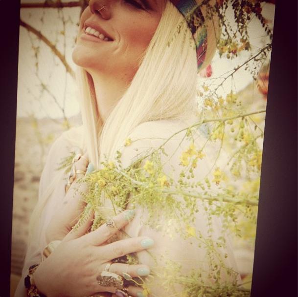 Kesha, angélique !