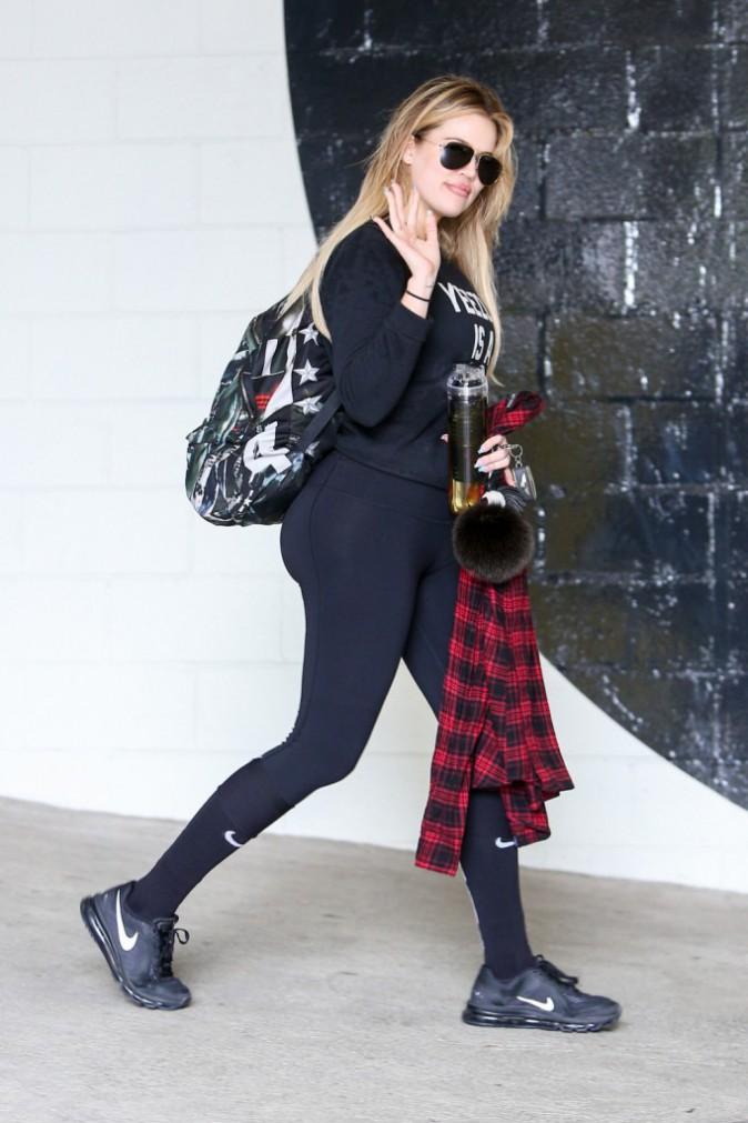 Photos : Khloe Kardashian : elle emmène Kanye West à la gym !
