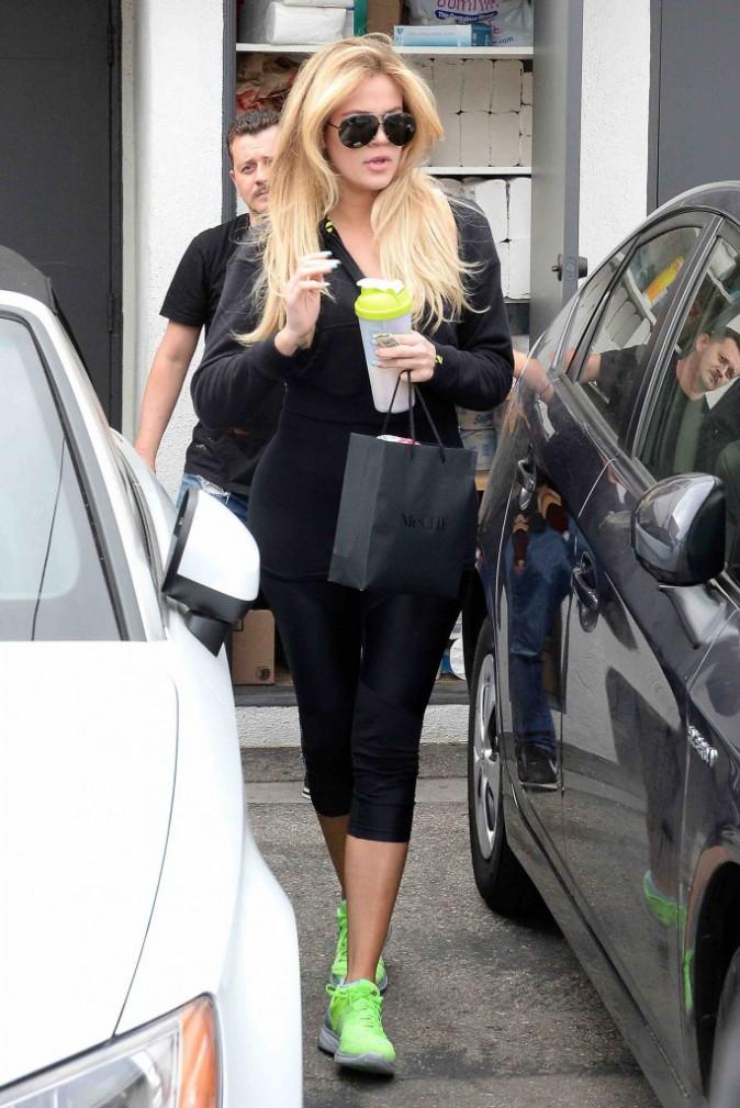 Khloé Kardashian : Elle est plus blonde que jamais !