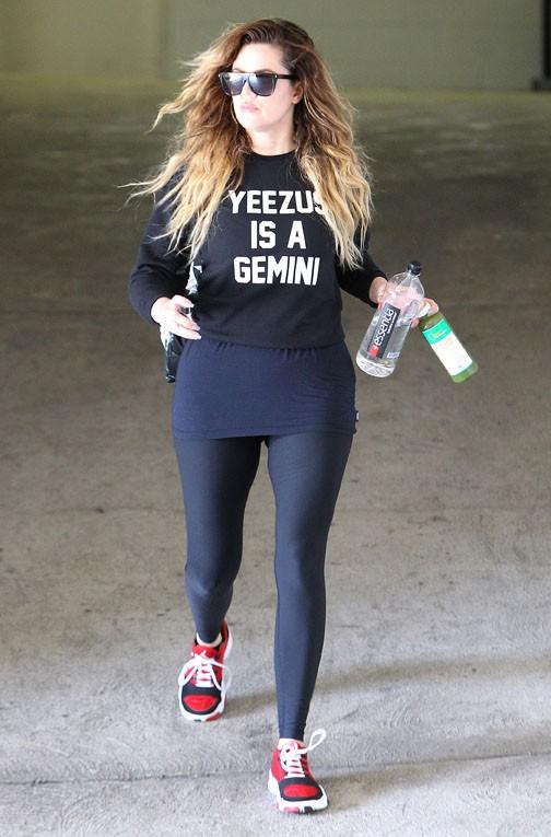 Khloé Kardashian à la sortie de sa salle de gym de Beverly Hills le 24 avril 2014