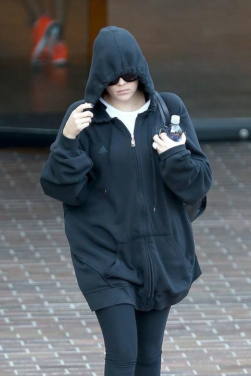 Khloe Kardashian, bague, alliance, Lamar Odom, trompée, infidèle, triste
