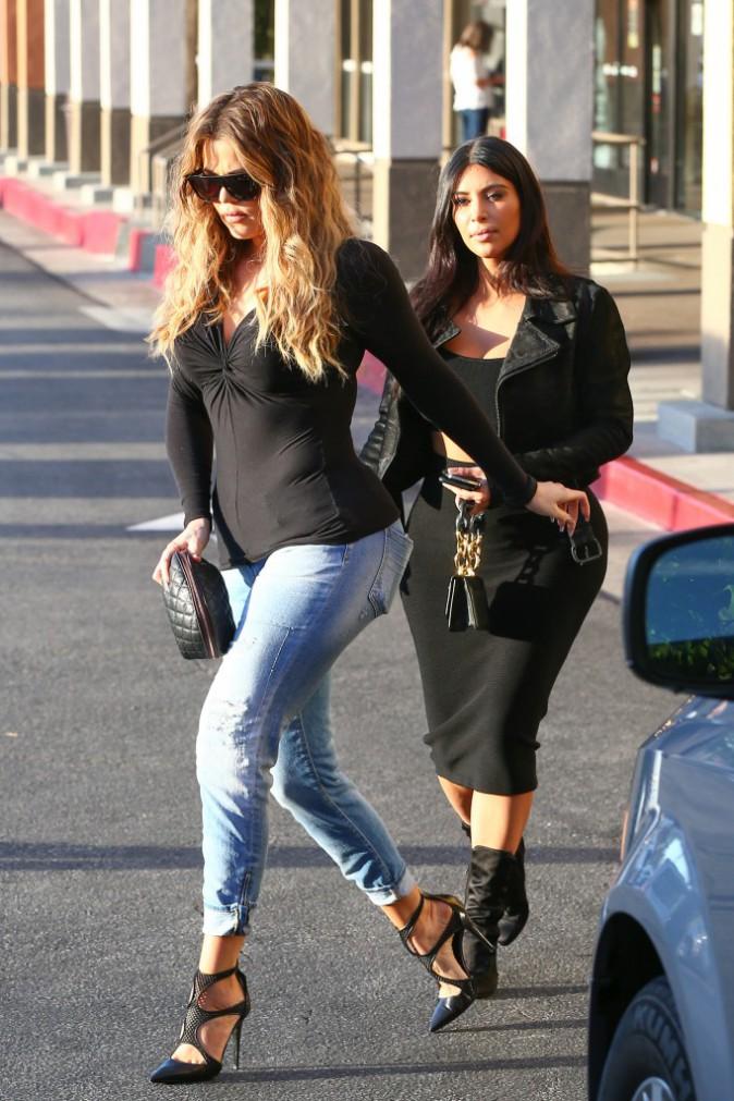 Khloe et Kim Kardashian le 14 janvier 2015