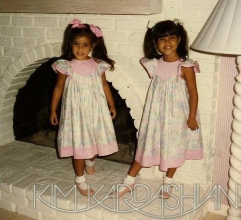 Petites, Kim et Kourtney aimaient s'habiller à l'identique !