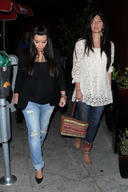 Kim Kardashian et sa BFF Brittny Gastineau à Beverly Hills, le 17 avril 2013.