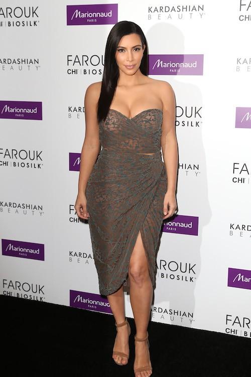 Photos : Kim Kardashian déborde d'amour pour ses fans français !