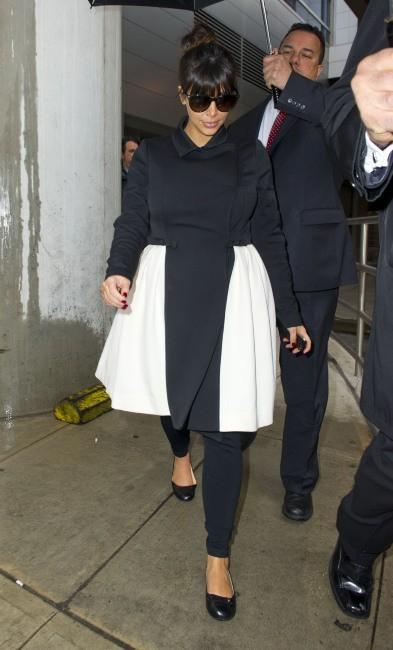 Kim Kardashian à l'aéroport de JFK à New York, le 25 mars 2013.