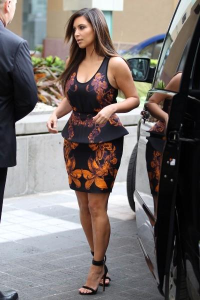 Kim Kardashian en plein shopping à Melbourne, le 19 septembre 2012.