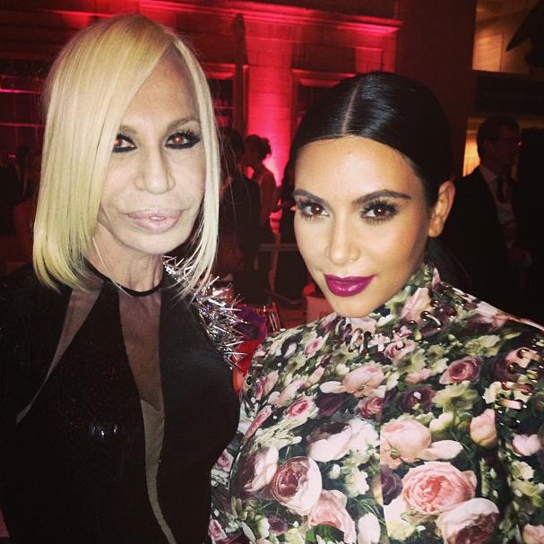 Kim et Donatella Versace