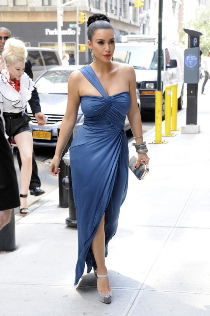 Kim Kardashian se rendant au défilé Vera Wang à New York, le 13 septembre 2011.