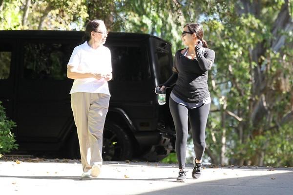 Kim Kardashian en visite chez son avocat à Los Angeles le 3 février 2013