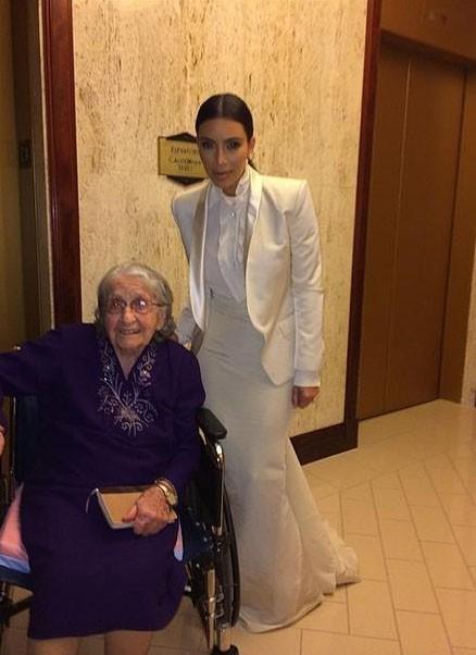 Kim Kardashian : engagée dans la lutte contre le racisme, elle assiste au même gala que Barack Obama !
