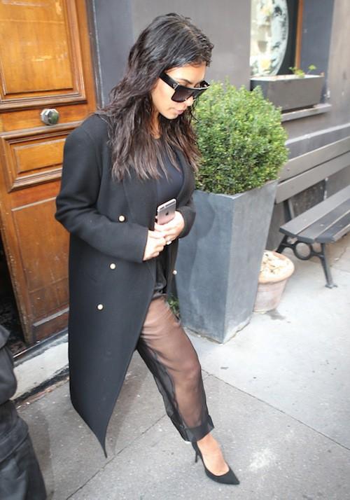 """Photos : Kim Kardashian et Cara Delevingne : ensemble pour un """"projet secret"""" !"""