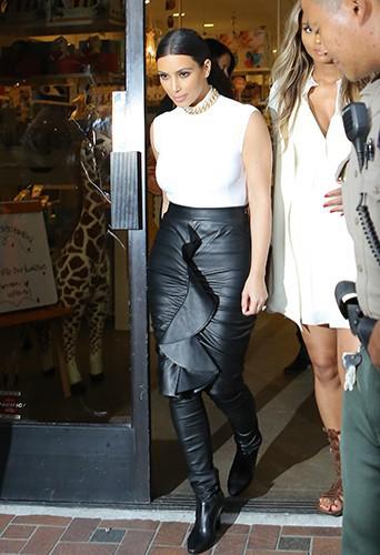 Kim Kardashian et Ciara à Los Angeles le 12 février 2014