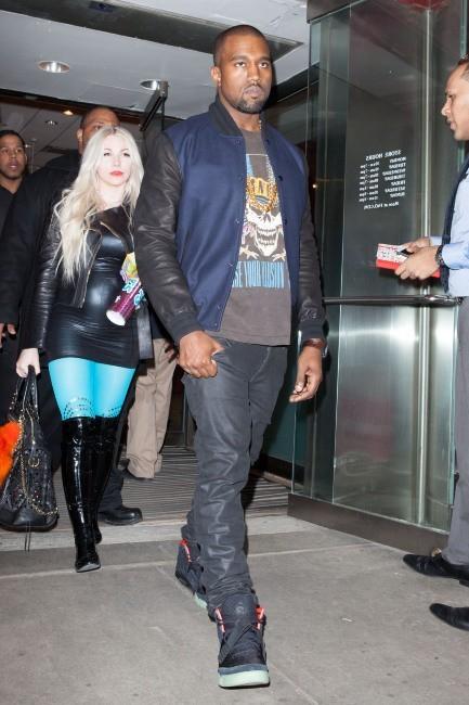 Kanye West et Kim Kardashian ensemble à New York, le 5 avril 2012.