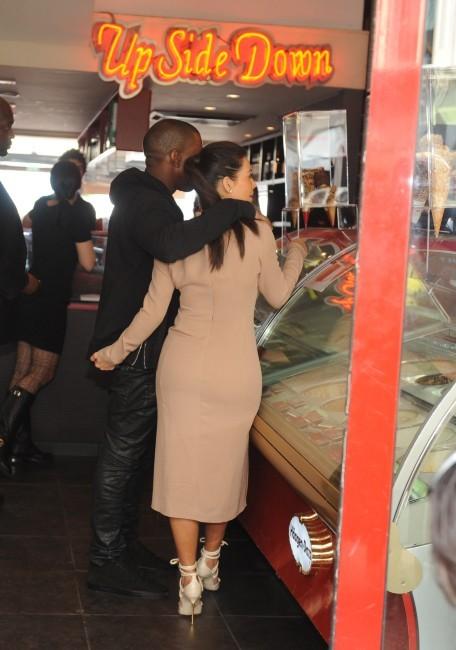 Virée gourmande à Cannes pour Kim Kardashian et Kanye West...