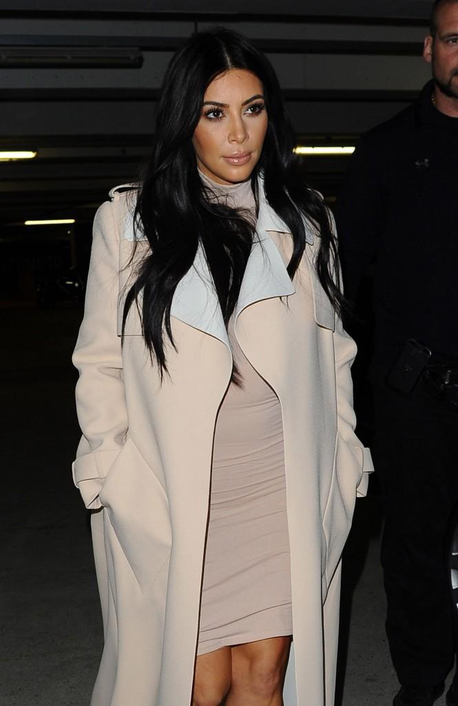 Kim Kardashian et Kanye West : Sortie en amoureux après en avoir pris pour leur grade à Glastonbury !