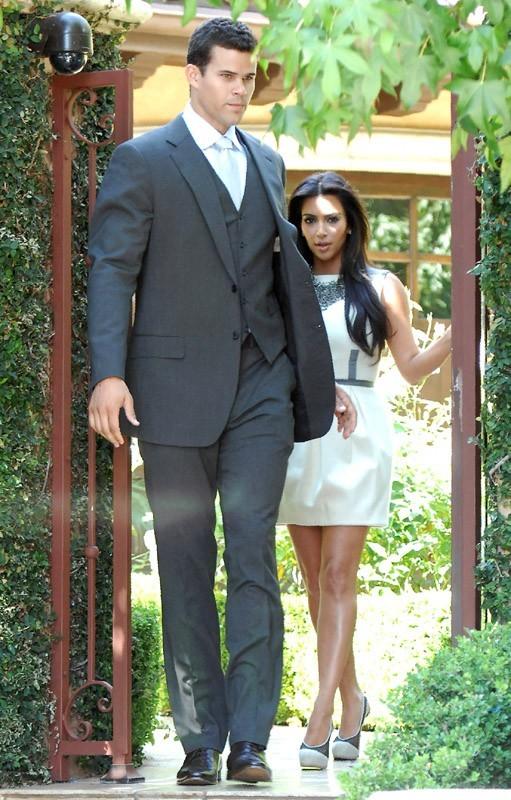 Kim a trouvé en Kris le meilleur garde du corps possible !