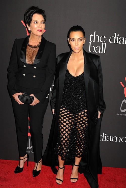 Photos : Kim Kardashian et Kris Jenner : des décolletés chocs de mère en fille !