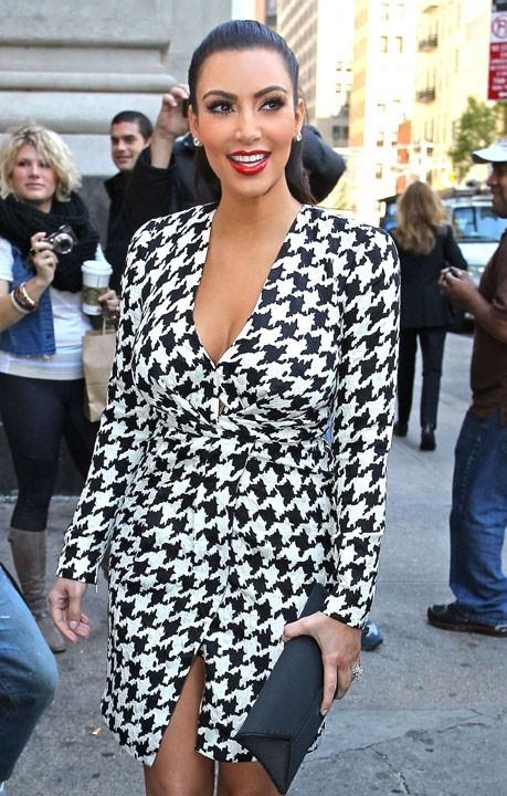 Kim Kardashian se la joue hot mamma !