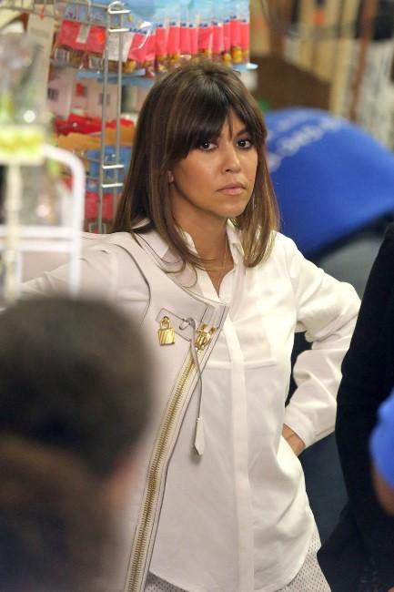 Kourtney Kardashian en plein shopping à Encino, le 30 mai 2013.