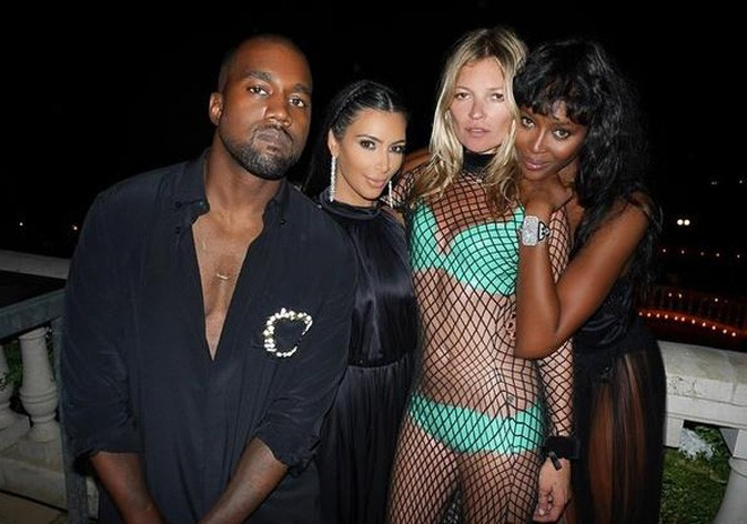 Avec Kanye West, Kate Moss et Naomi Campbell