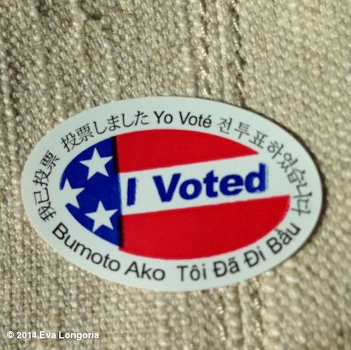 Eva Longoria vote pour les élections de mi-mandat de novembre 2014 aux Etats-Unis