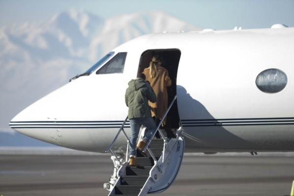 Kim Kardashian et Kanye West prêts à faire leur retour à L.A., le 2 janvier 2013 dans l'Utah.