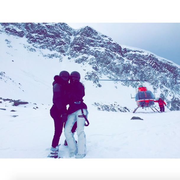 Kim Kardashian : le ski, elle maitrise, mais North un peu moins...