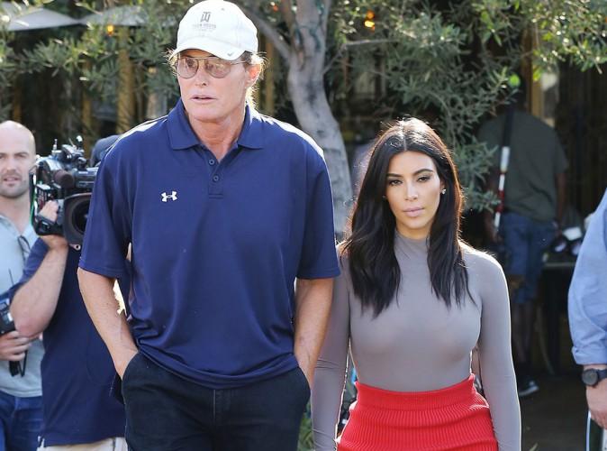 Kim Kardashian : malgr� la pol�mique entre Kris et Bruce Jenner, elle ne l�che pas son beau-p�re !