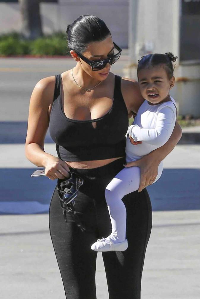 Kim Kardashian : North semble ravie de retrouver sa maman brune !