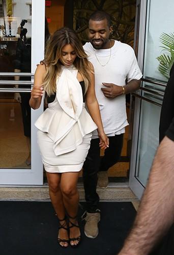 Kim Kardashian et Kanye West à Miami le 29 novembre 2013