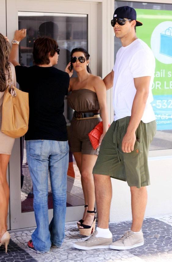 Ils cherchaient un emplacement pour le magasin de Kim !
