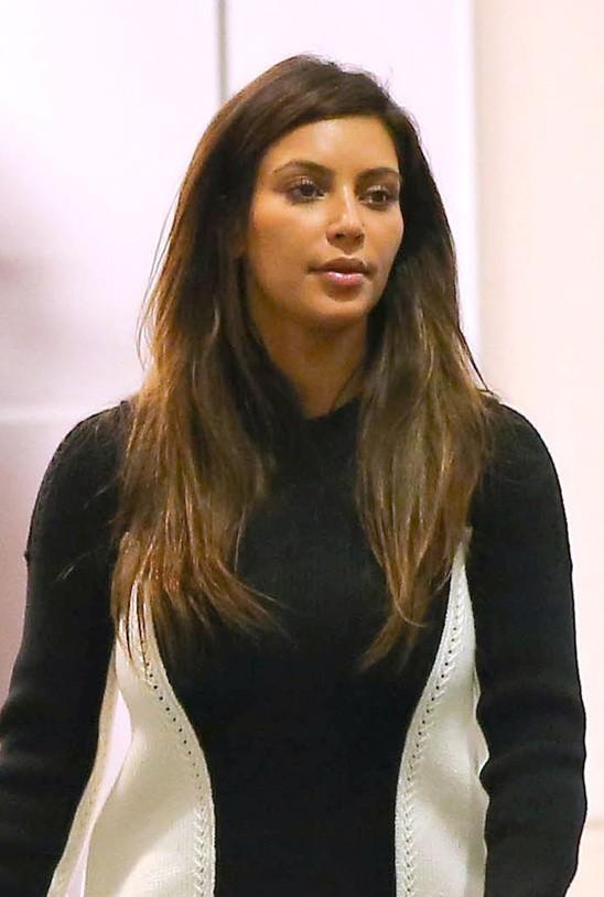Kim Kardashian à l'aéroport de Los Angeles le 11 septembre 2012