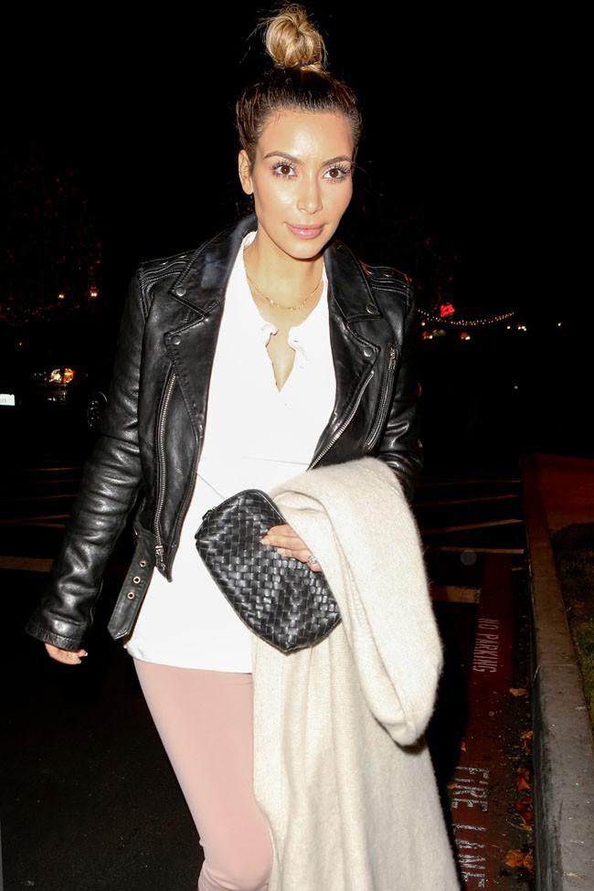 Kim Kardashian à Calabasas le 21 décembre 2013