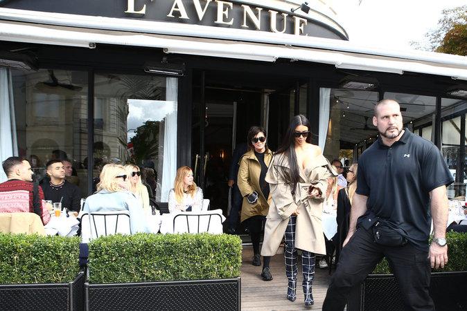 Kim Kardashian à Paris le 2 octobre 2016