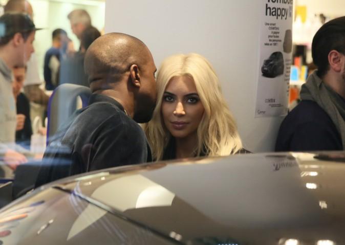 Kim Kardashian et Kanye West le 9 mars 2015