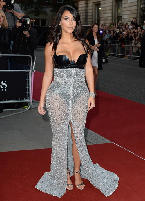 Kim Kardashian : reine du latex... Et ça ne date pas d'hier !