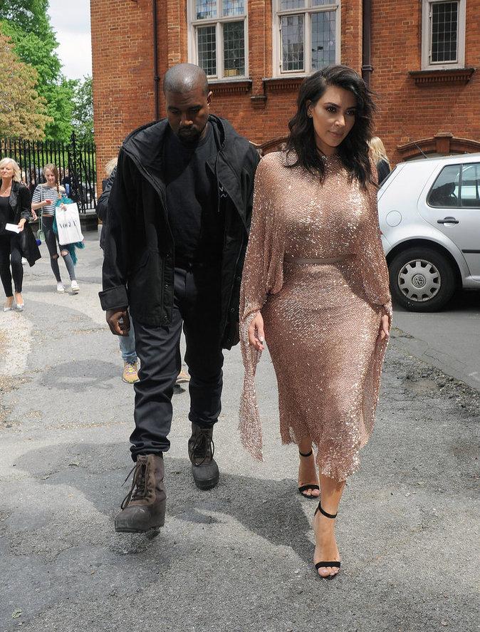 Kim Kardashian : scintillante le jour et sexy la nuit... Kanye adore !