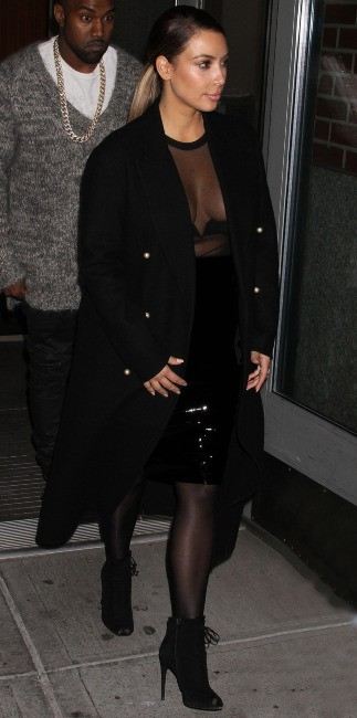 Kim Kardashian et Kanye West se rendent au Barclays Center à Brooklyn, le 19 novembre 2013.