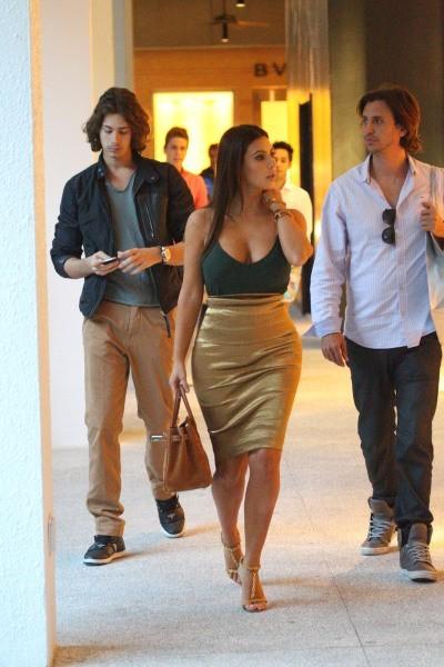 Kim Kardashian le 31 octobre 2012 à Miami