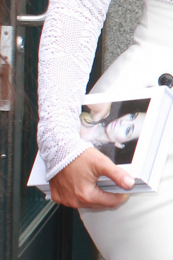 """Photos : Kim Kardashian : très en forme pour la sortie de son livre """"Selfish"""" !"""