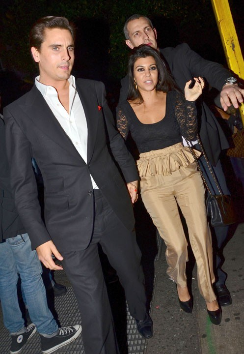 Kourtney Kardashian et Scott Disick étaient de la fête...