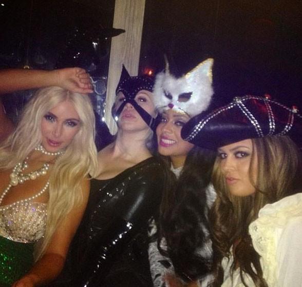 Kim Kardashian en sirène pour la soirée Halloween de Midori à New-York le 27 octobre 2012