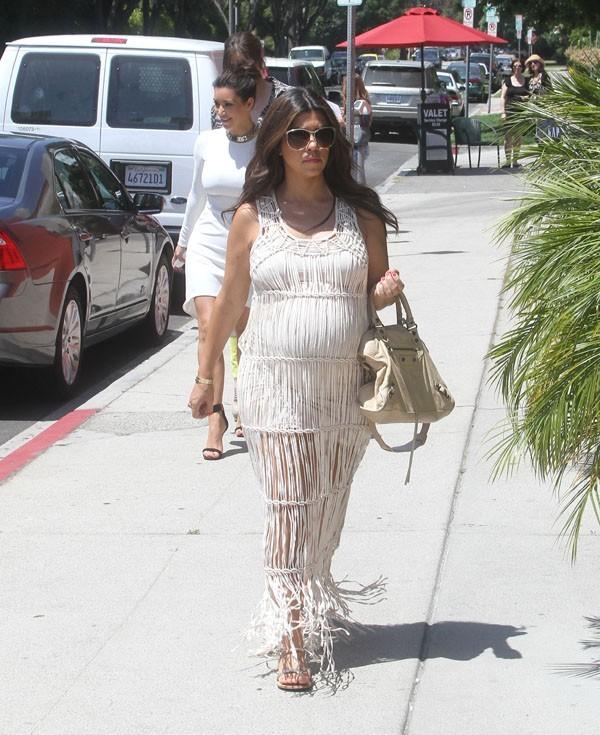 Les soeurs Kardashian en sortie déjeuner à Los Angeles le 31 mai 2012