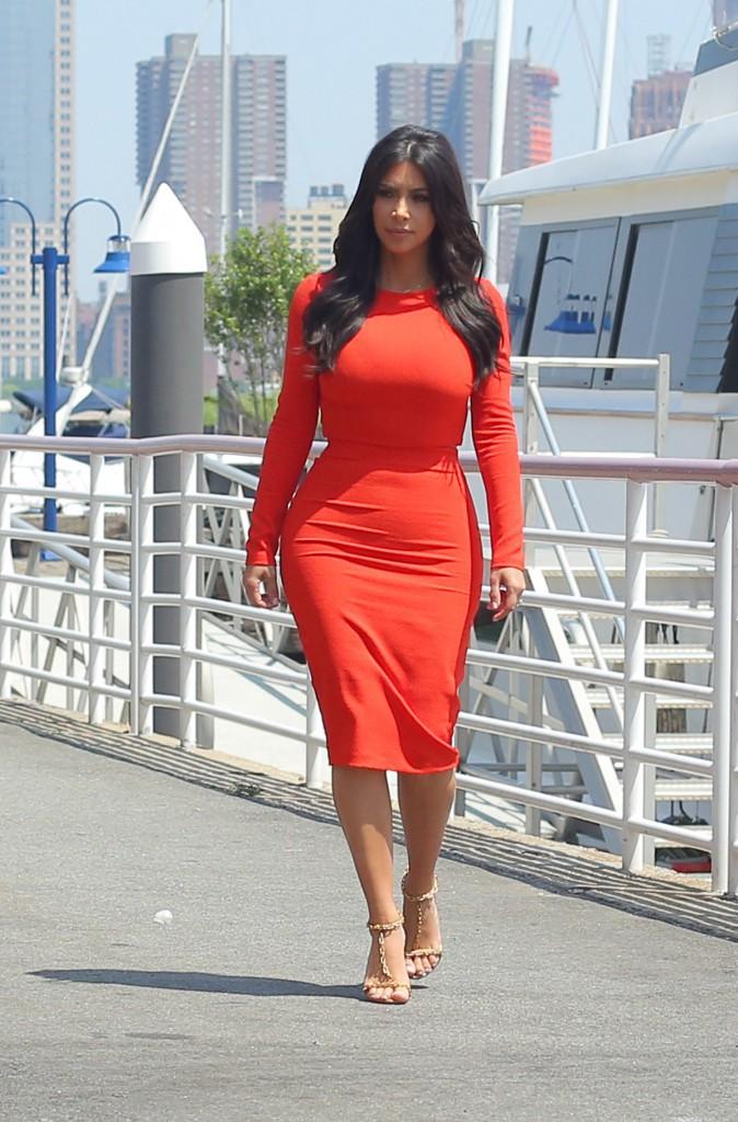 Photos : Kim, Kourtney et Khloe Kardashian : un trio toujours aussi stylé, réuni pour la bonne cause !