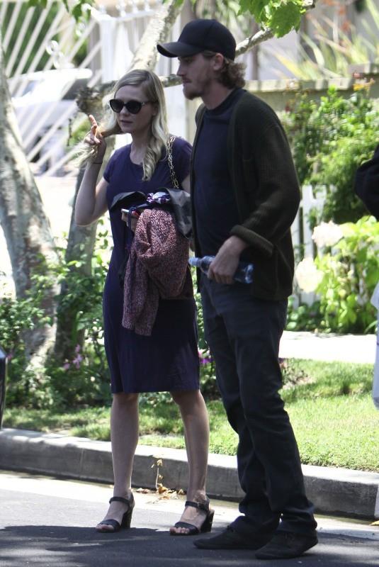Kirsten Dunst et Garrett Hedlund le 16 juin 2013 à Los Angeles