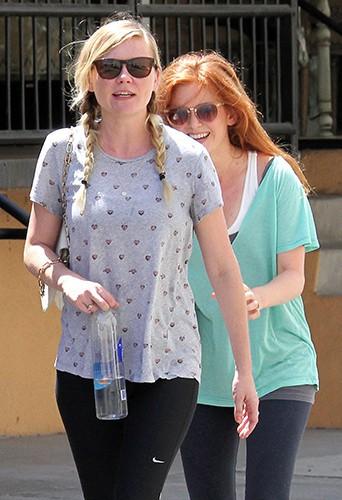 Kirsten Dunst et Isla Fisher à Studio City le 19 août 2013