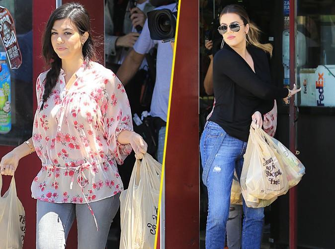 Photos : Kourtney et Khloé Kardashian : elles dévalisent le supermarché à leur arrivée dans les Hamptons !