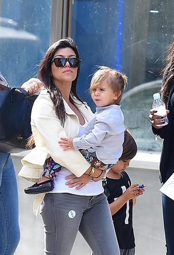 Kourtney Kardashian en famille à New York le 31 mai 2014